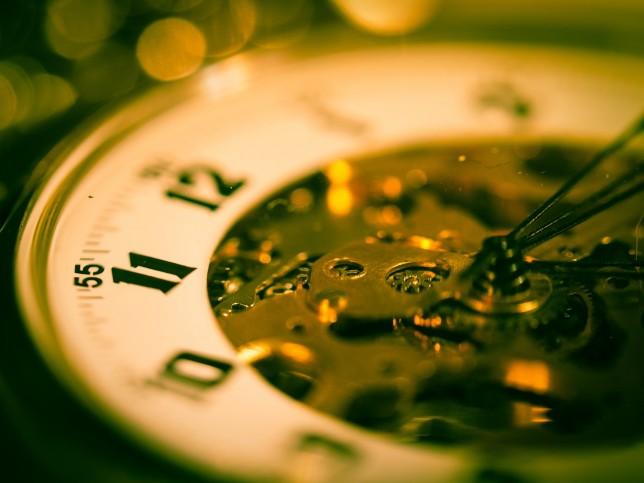 clock-943740_1920
