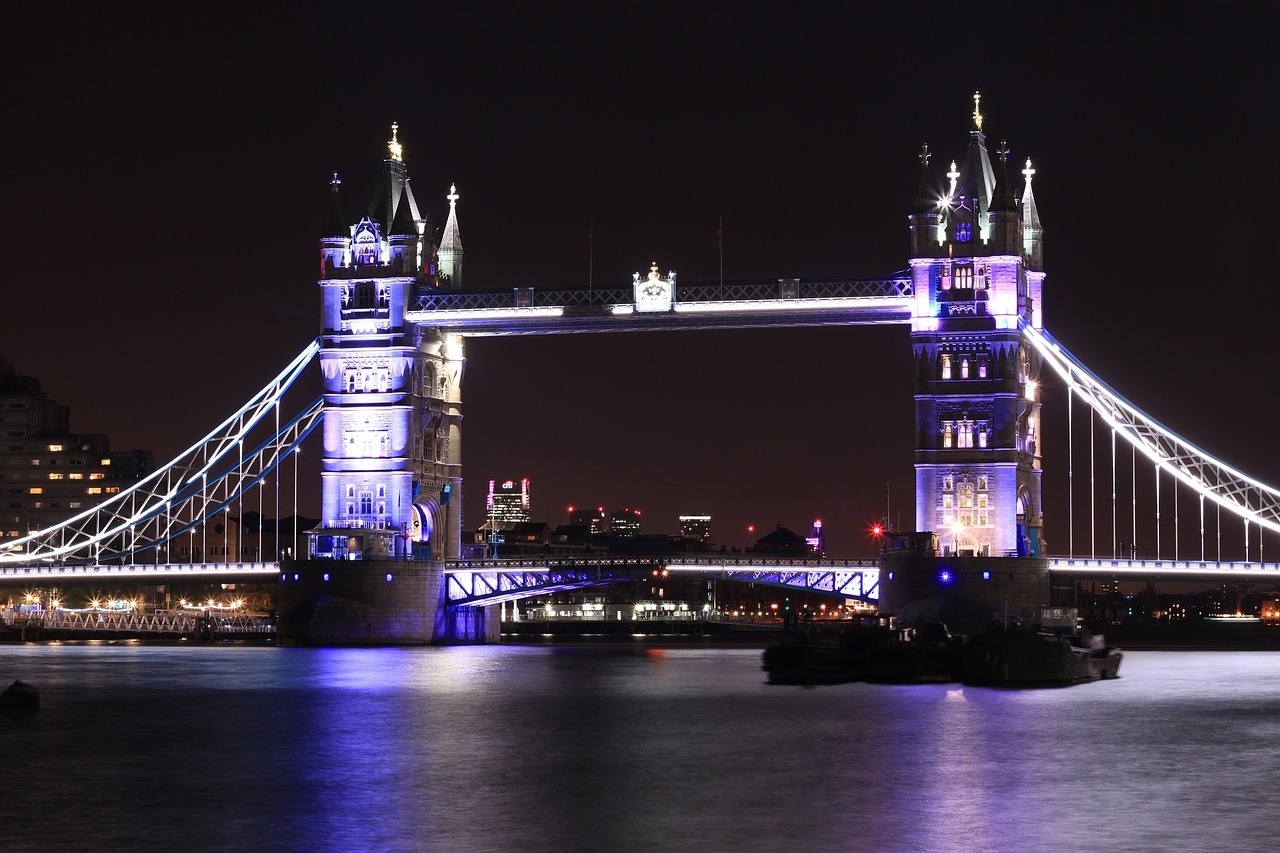 tower-bridge-1016675_1280