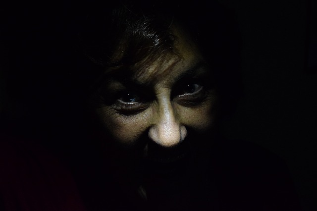 darkness-1485598_640